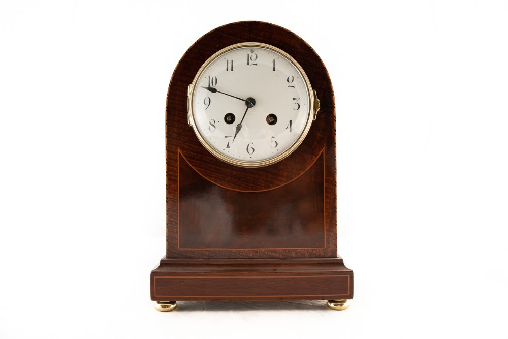 8 day striking mahogany mantel clock