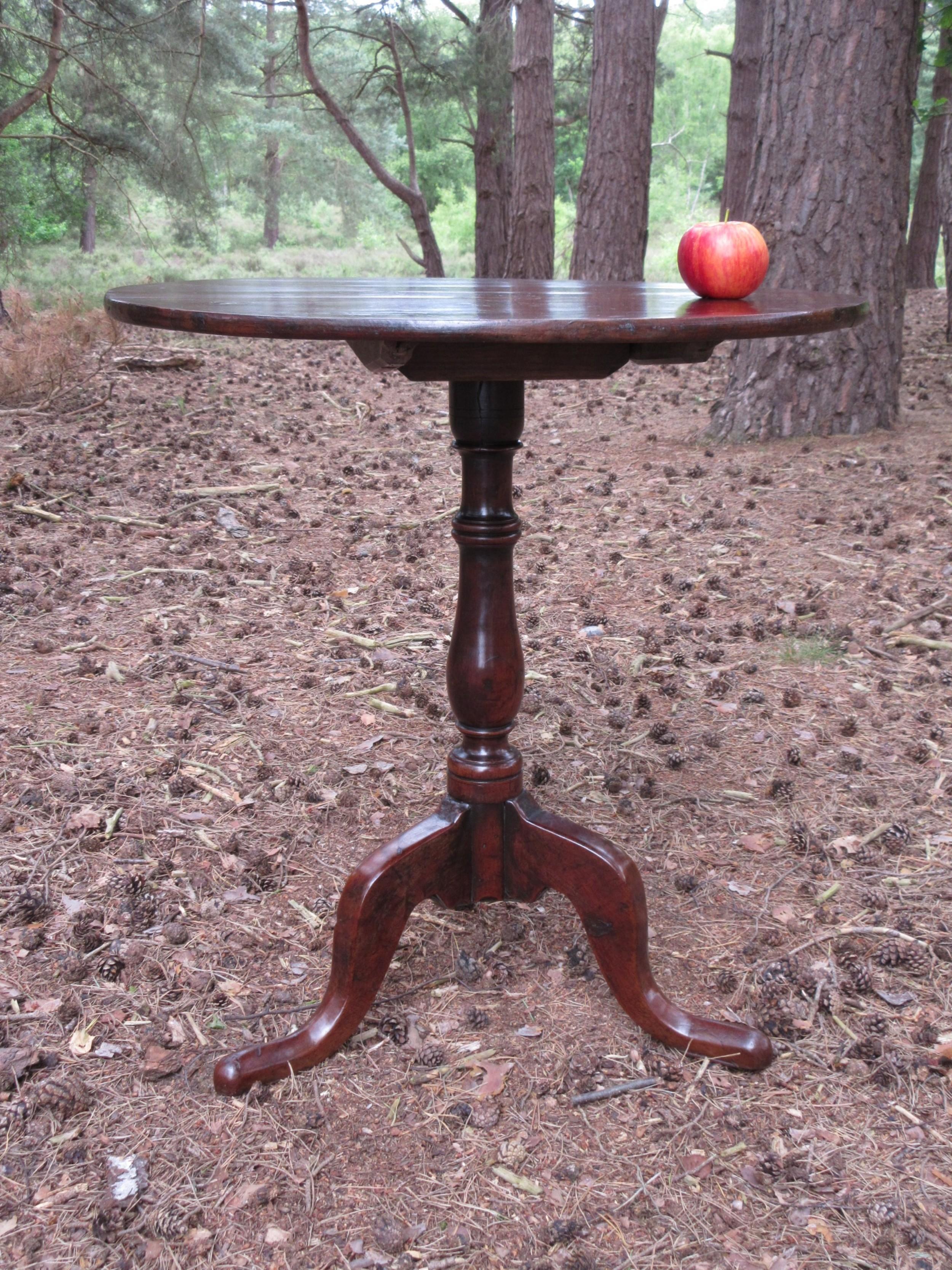 georgian yew wood tripod occasional or lamp table circa 1770