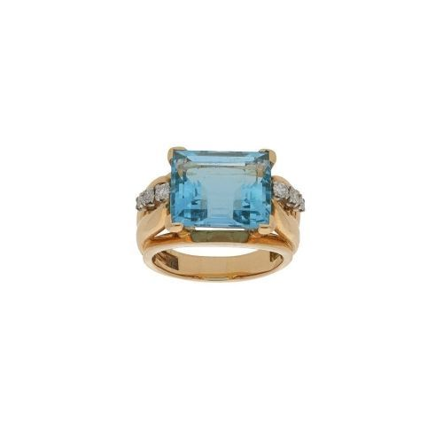 1950's aquamarine and diamond cocktail ring set in gold