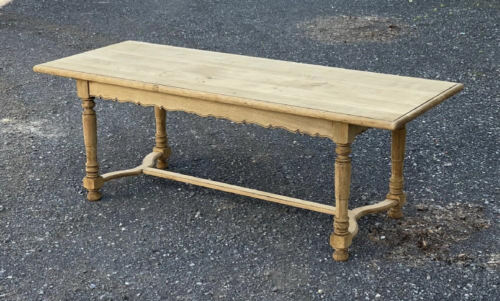 bleached oak farmhouse table nice side rails