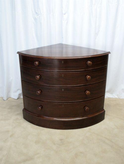 George iii mahogany corner chest of drawers