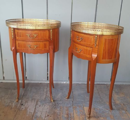 pair of kingwood bedside tables c1930