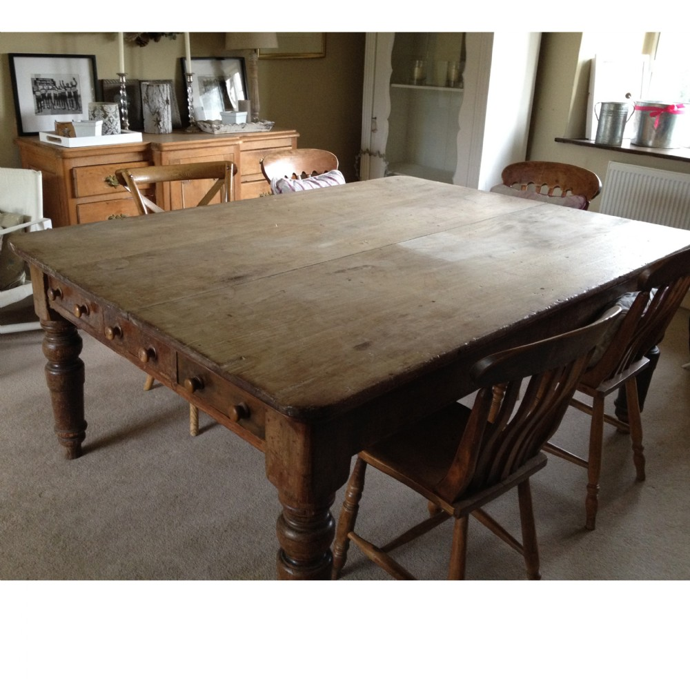 large antique pine kitchen table (a11845) | 318915