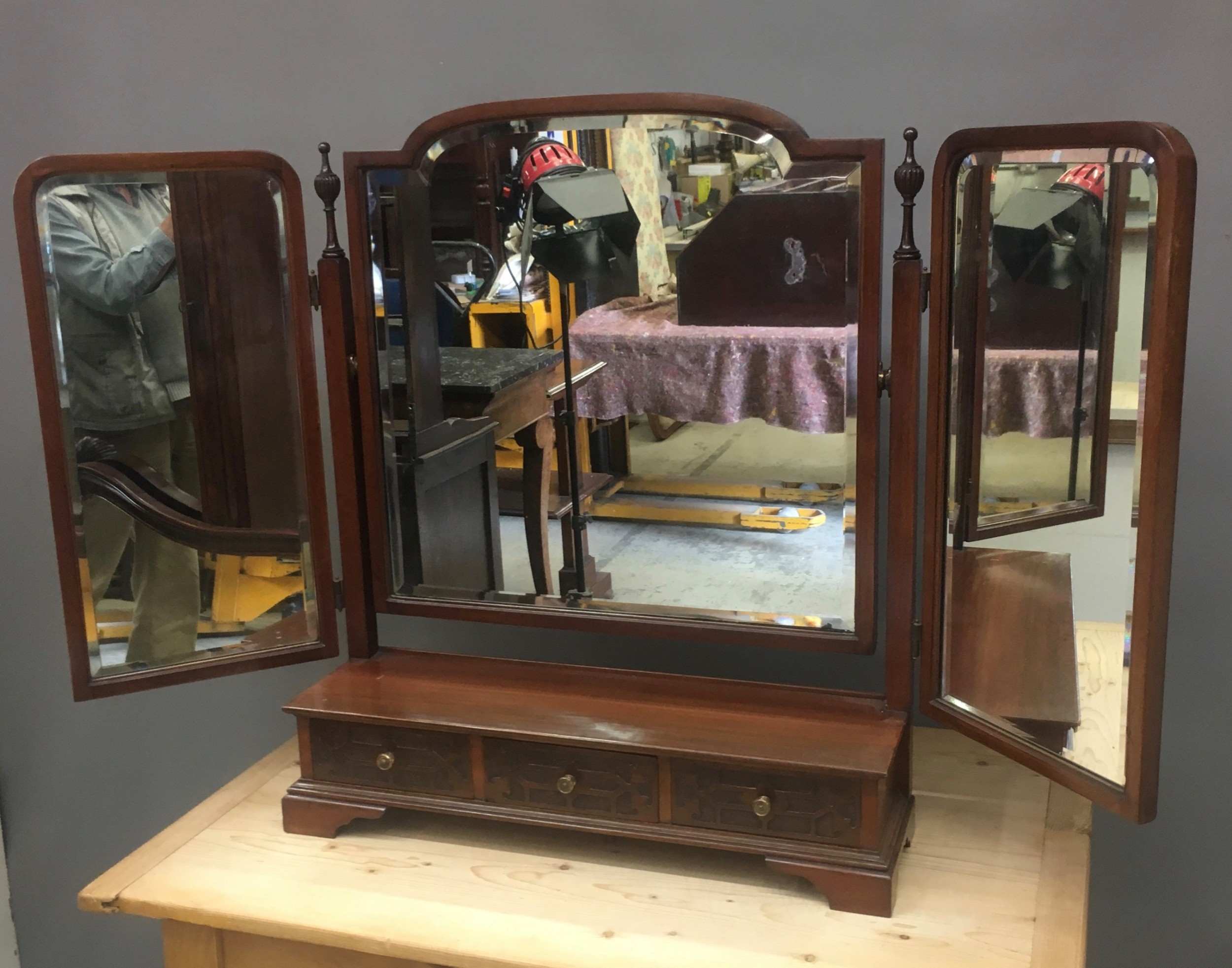 large arts crafts triple dressing mirror in mahogany