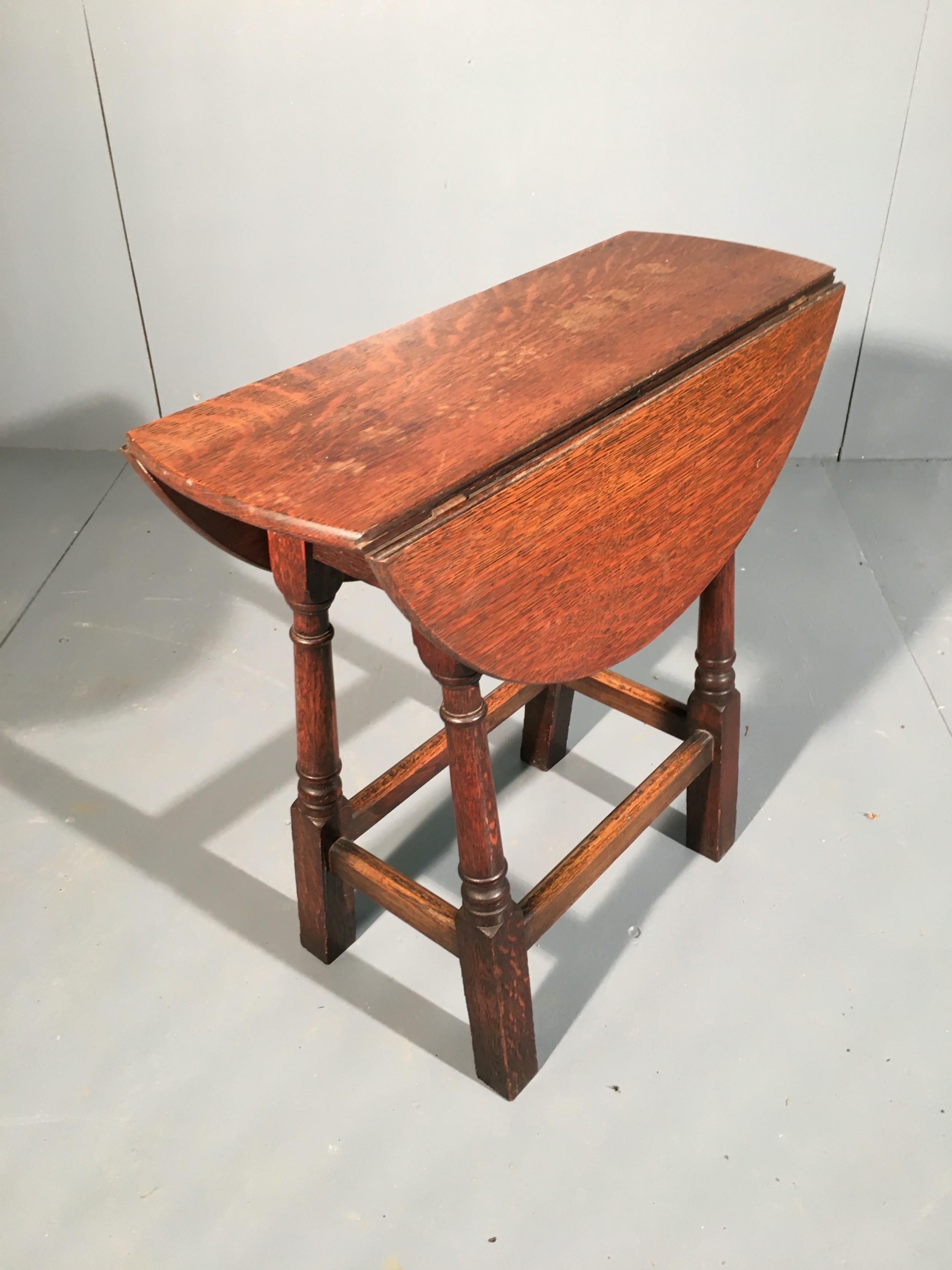 small oak drop leaf side table 19th century