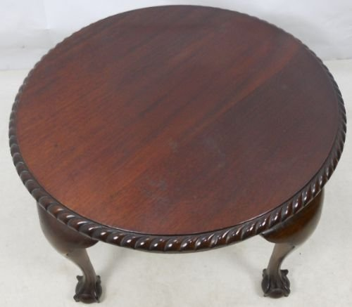 antique round coffee table chippendale style mahogany coffee table 81574 4128