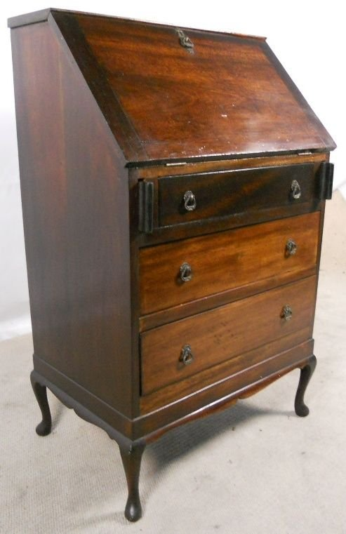 queen anne style mahogany writing bureau 135399. Black Bedroom Furniture Sets. Home Design Ideas