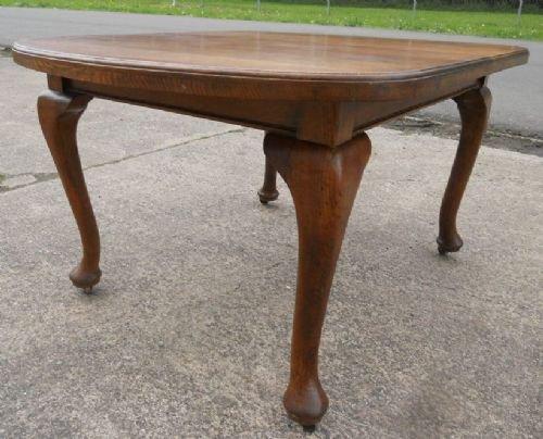 Queen Anne Style Oak Dining Table 164879  : dealertharrisonfull1336946588836 4155361017 from www.sellingantiques.co.uk size 500 x 404 jpeg 44kB