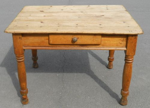 Victorian Small Pine Kitchen Table  Sellingantiquescouk - Small pine kitchen table