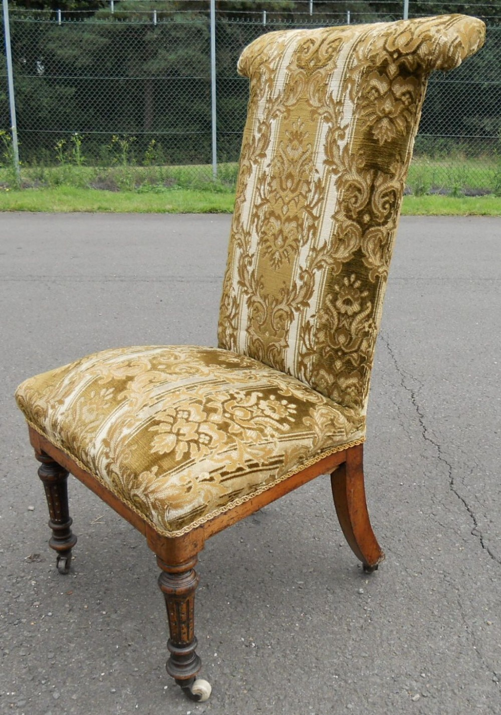 victorian upholstered prayer chair. antique photo - Victorian Upholstered Prayer Chair 239071 Sellingantiques.co.uk