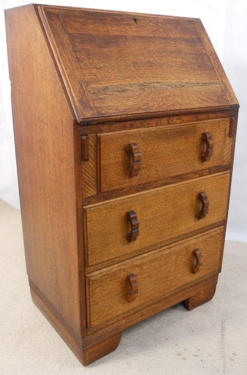 small solid oak writing bureau desk 154305. Black Bedroom Furniture Sets. Home Design Ideas