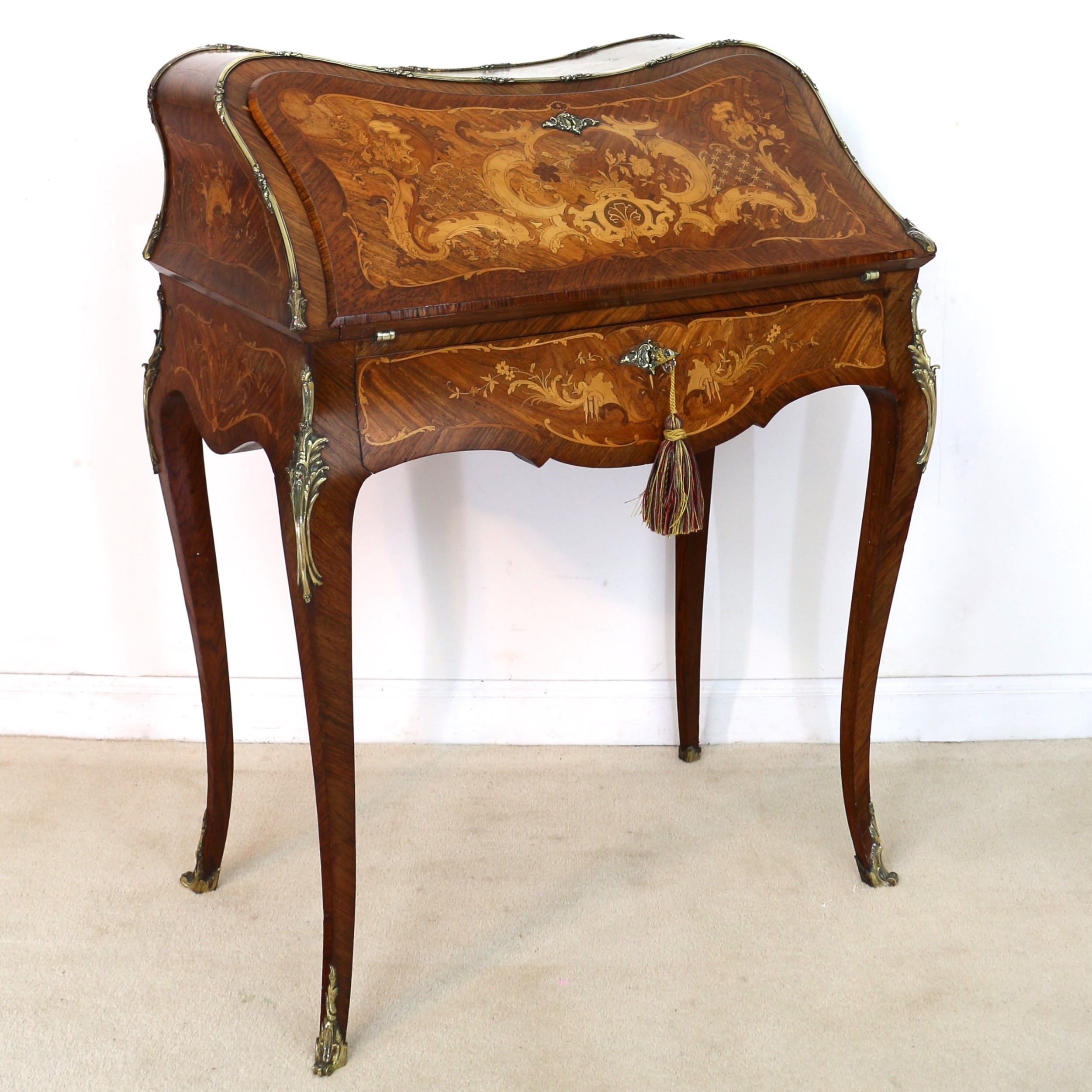 french kingwood marquetry bureau de dame desk