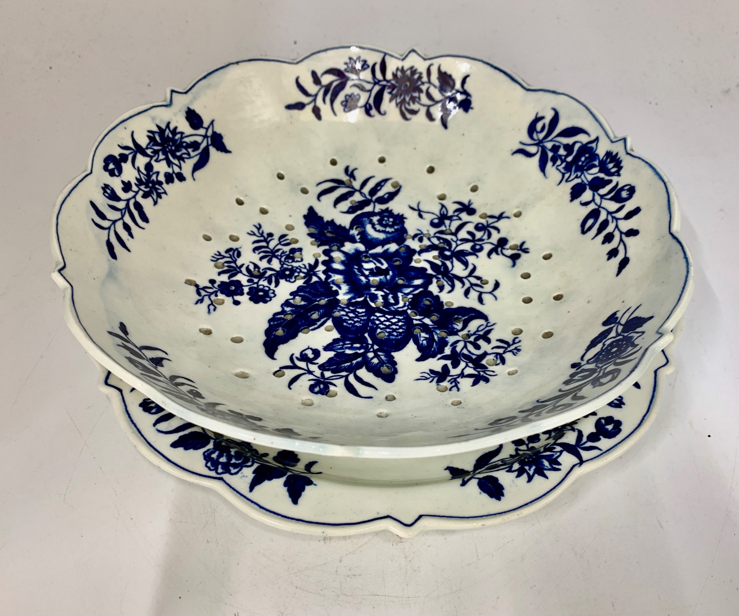 george iii first period worcester pine cone pattern porcelain strainer dish stand circa 1770
