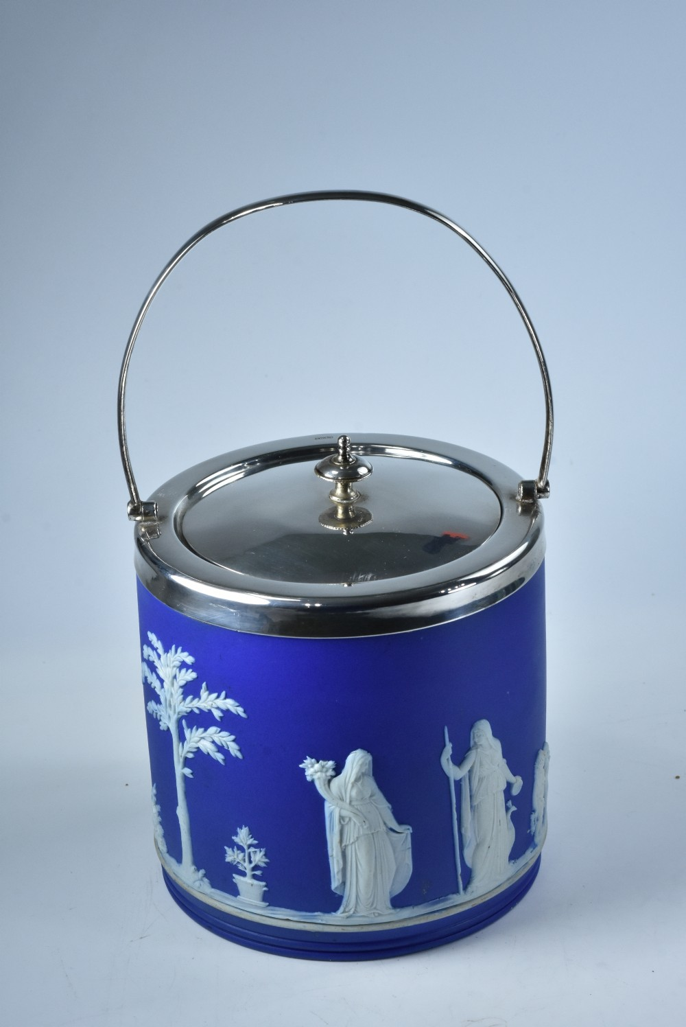 wedgwood antique jasper ware ice bucket with sp lid rim and handle