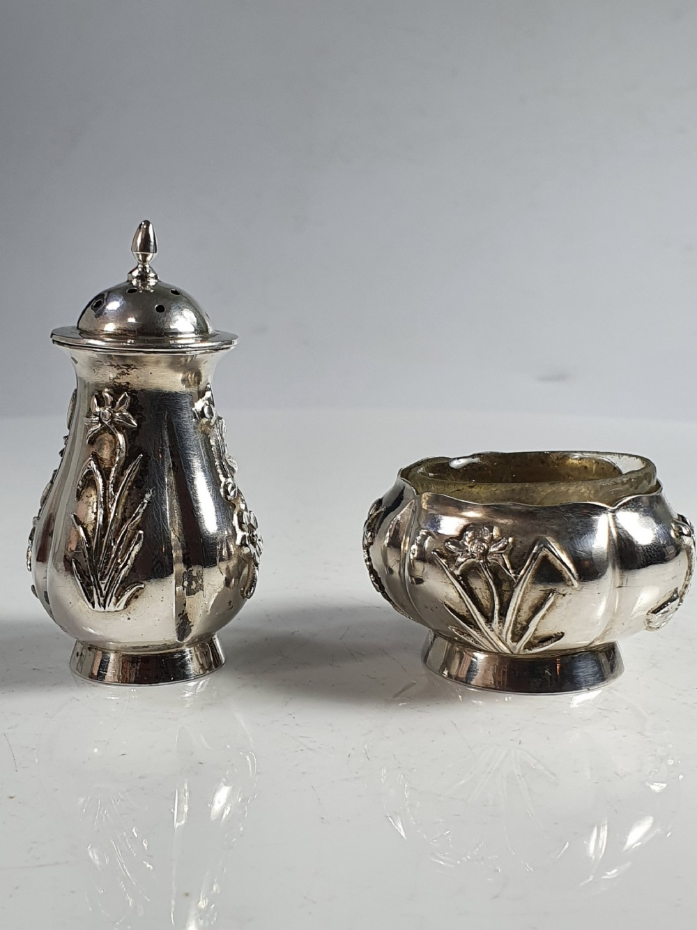 vintage wang hing c1900 export solid silver open salt pepper pot