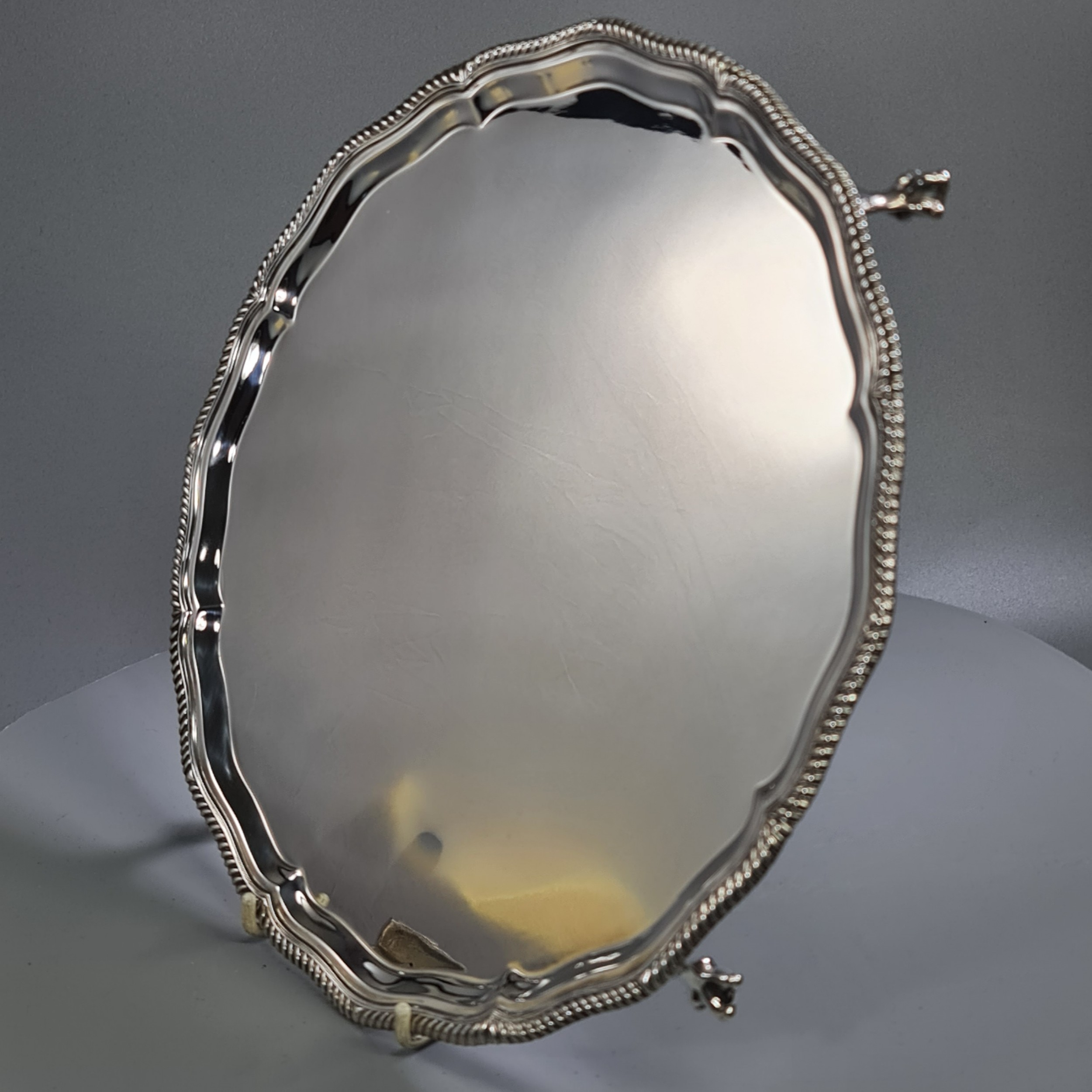 beautiful hm silver goldsmith silversmiths co footed salver london 1928