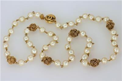 c1166a3716758 Vintage Chanel Faux Pearl Single Strand Long 34