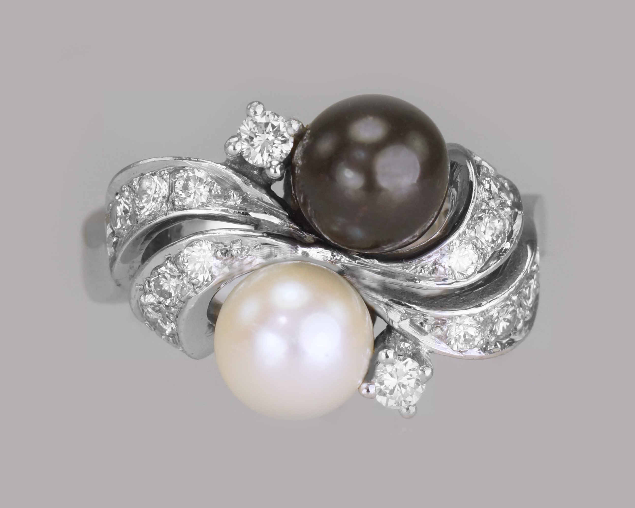 vintage 18ct gold pearl diamond toi moi ring 1960's grey pearl cocktail twist ring