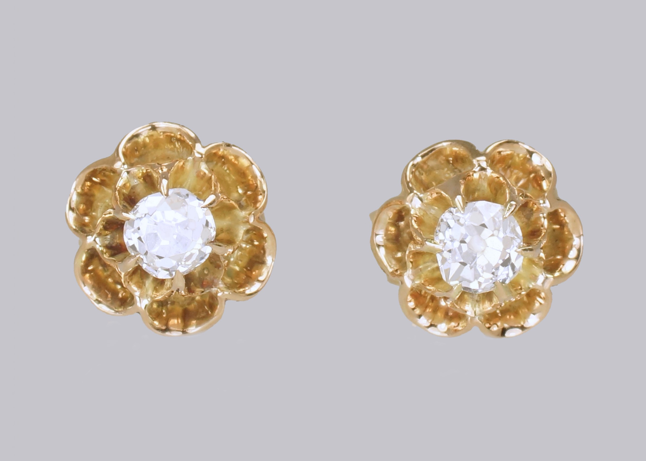 victorian 045 ct old mine cut diamond 18ct gold floral stud antique earrings
