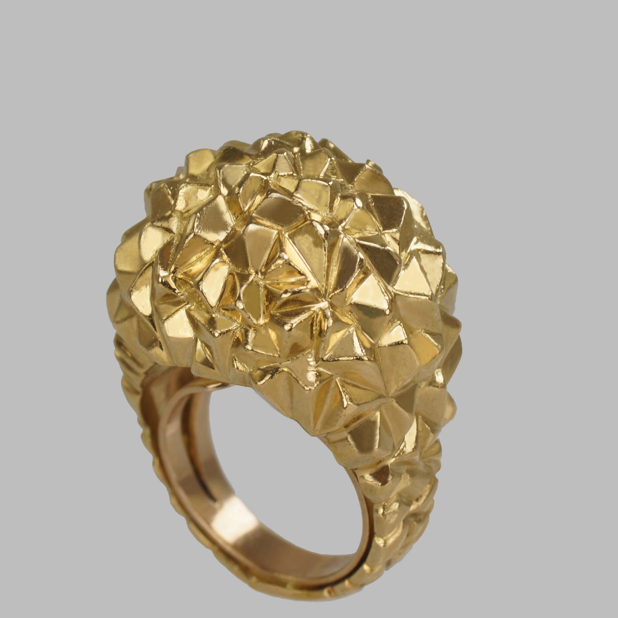 vintage kutchinsky bomb ring 18ct gold dress ring hallmarked london 1967 size i to size s