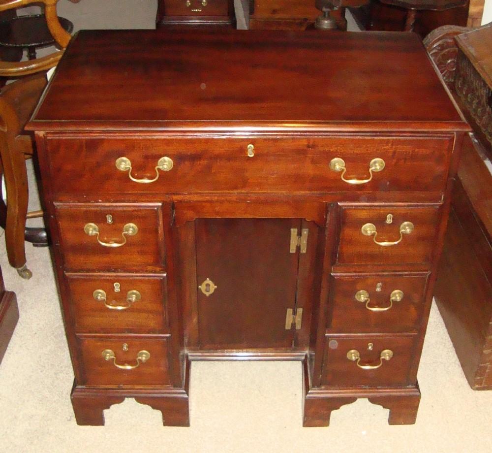 george 111 mahogany kneehole desk