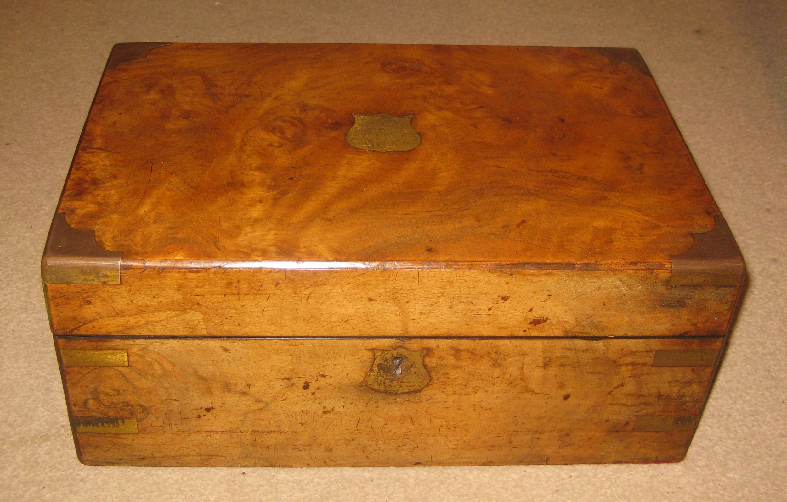 fine quality early victorian walnut travelling writing slope