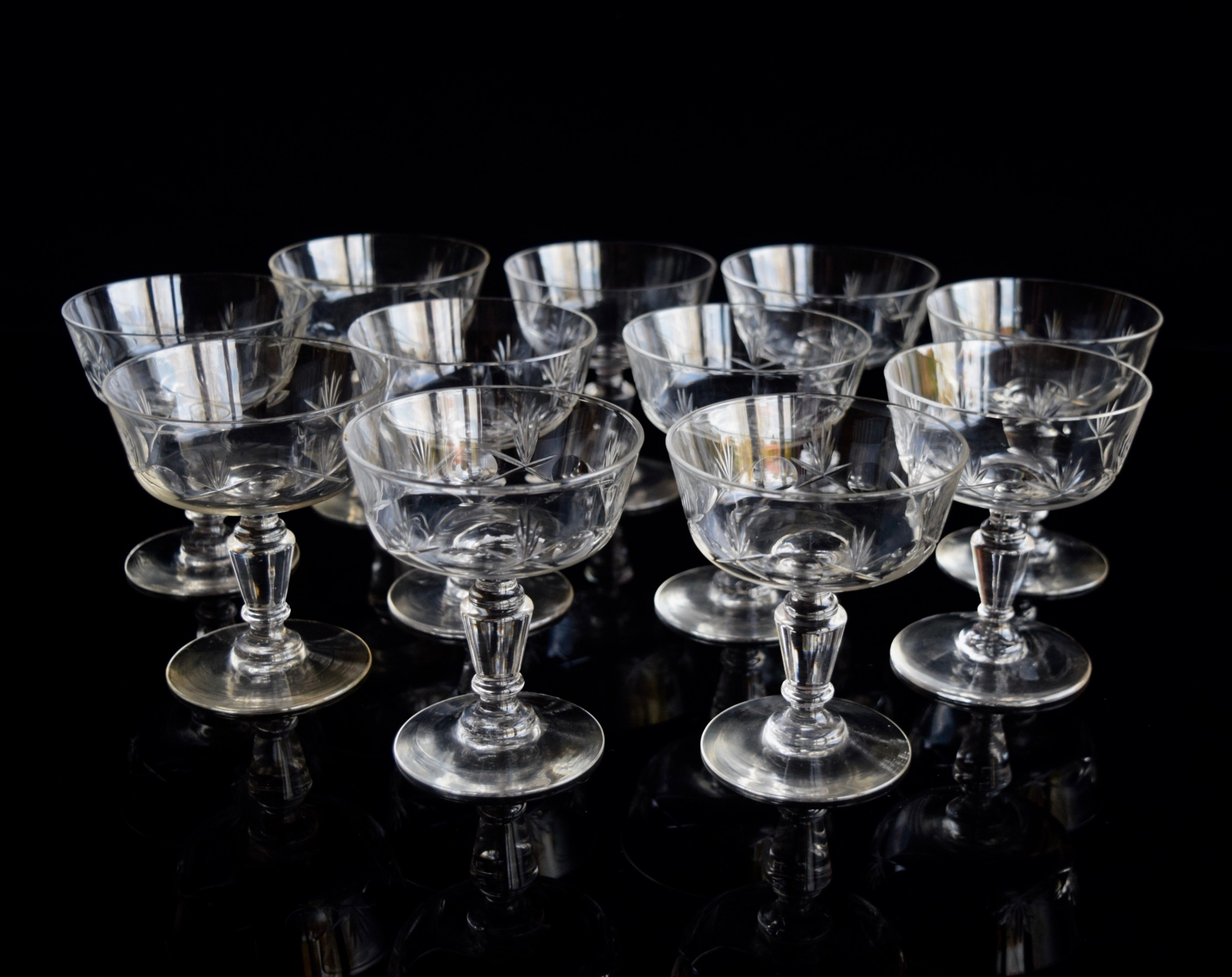 11 french champagne glasses c 1930