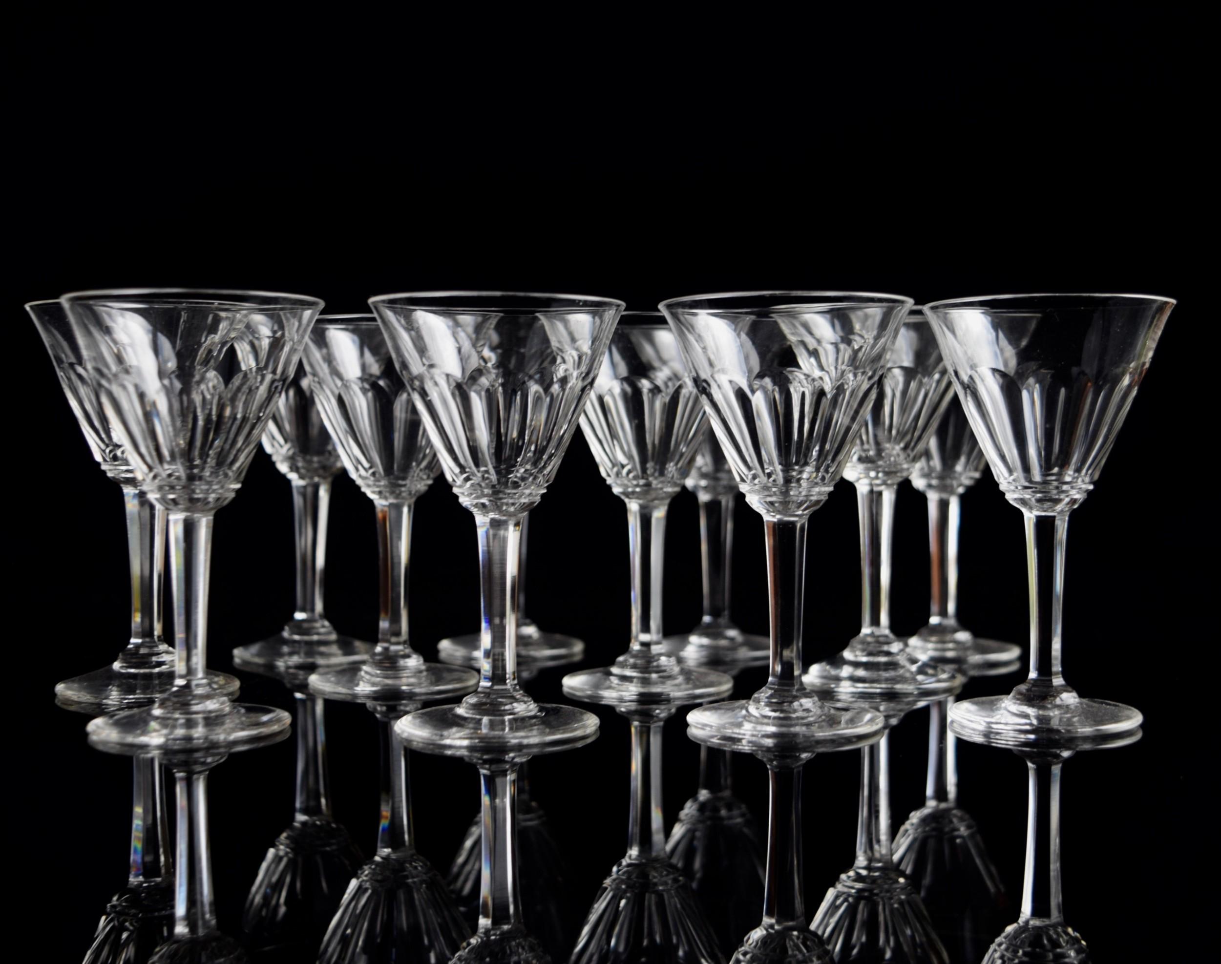 12 french port glasses c1930