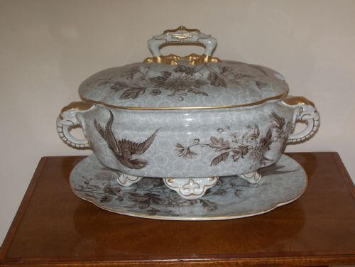 worcester tureen cover and stand