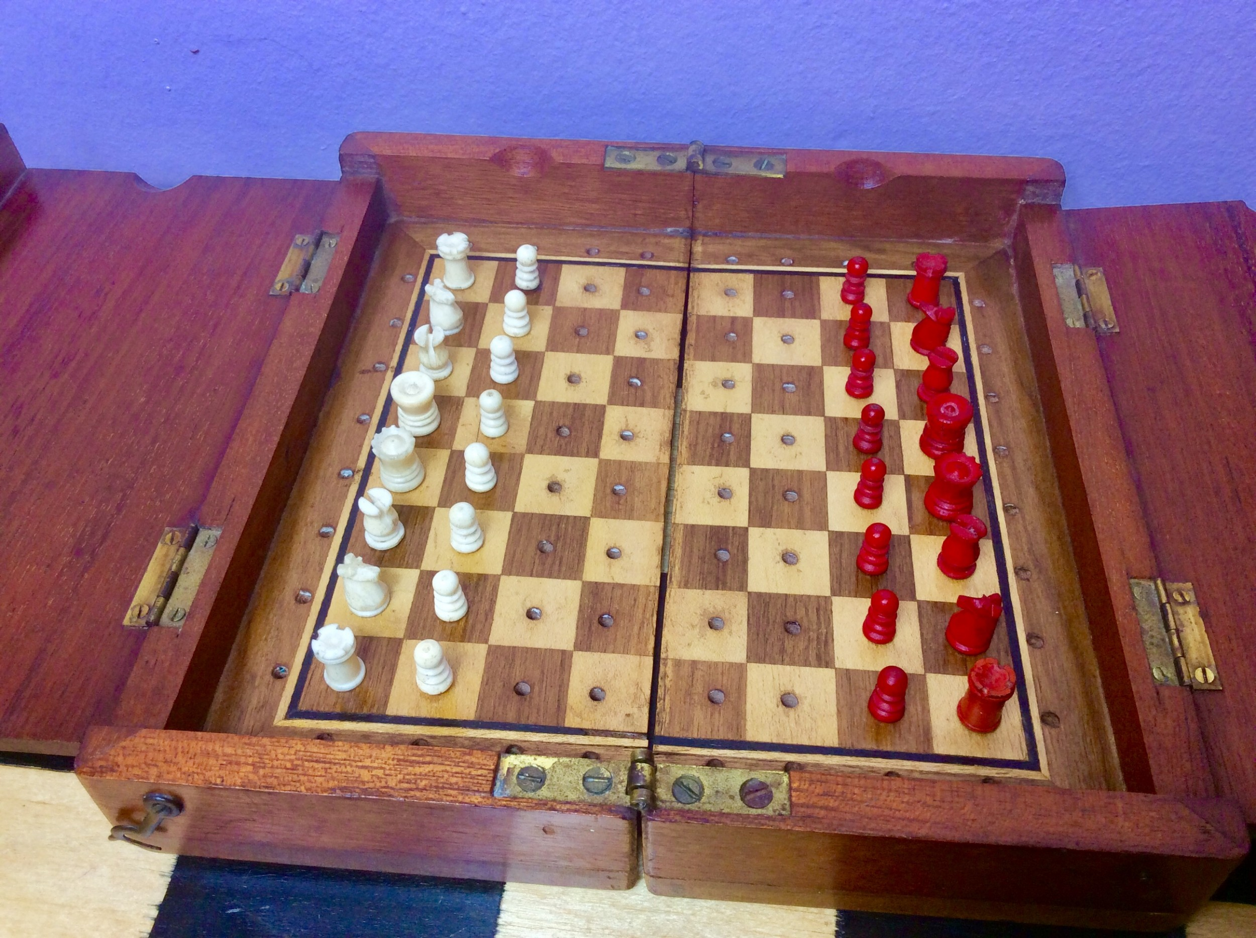 jaques style mahogany travelling boxboard and miniature bone chess set