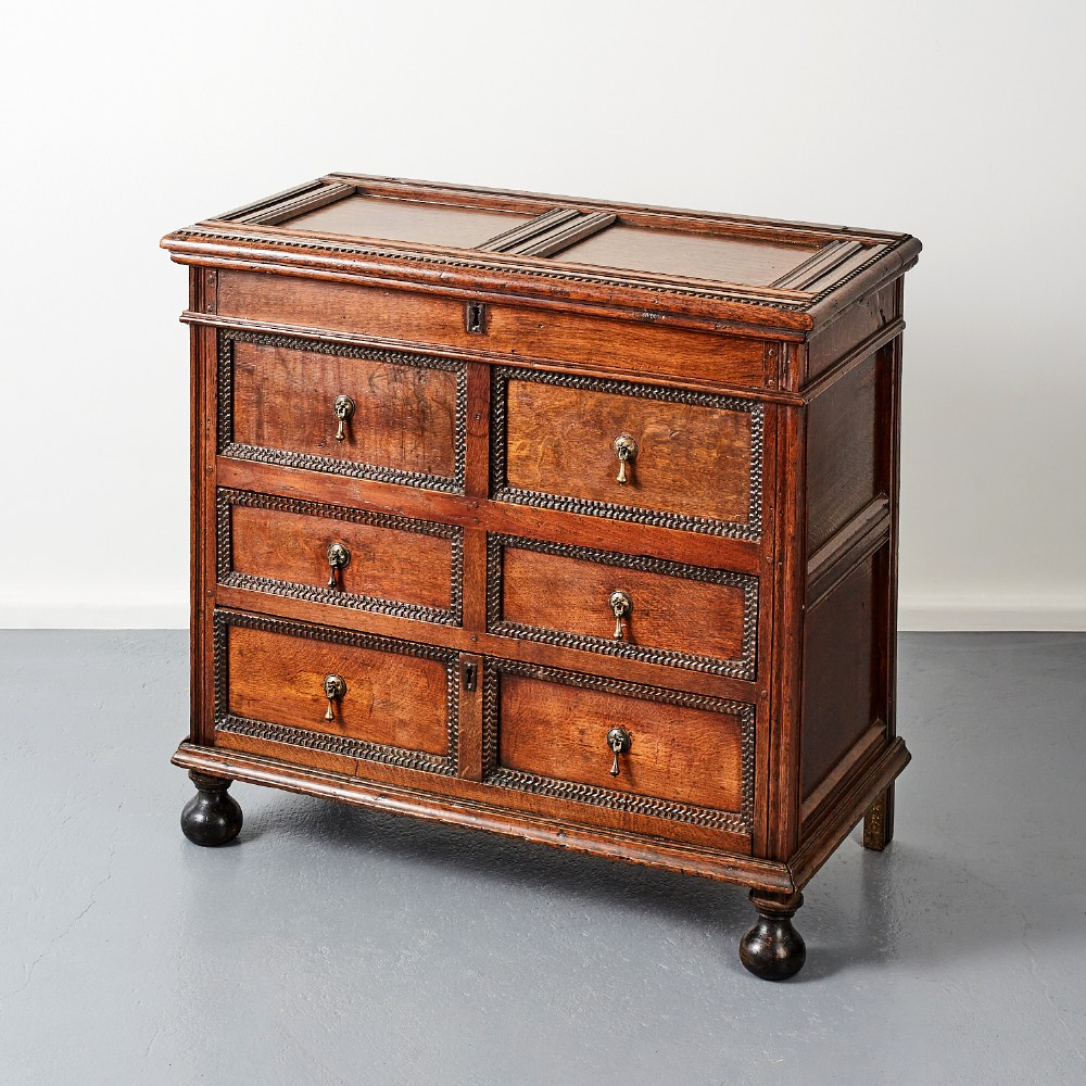 late 17th century english oak chest of drawers