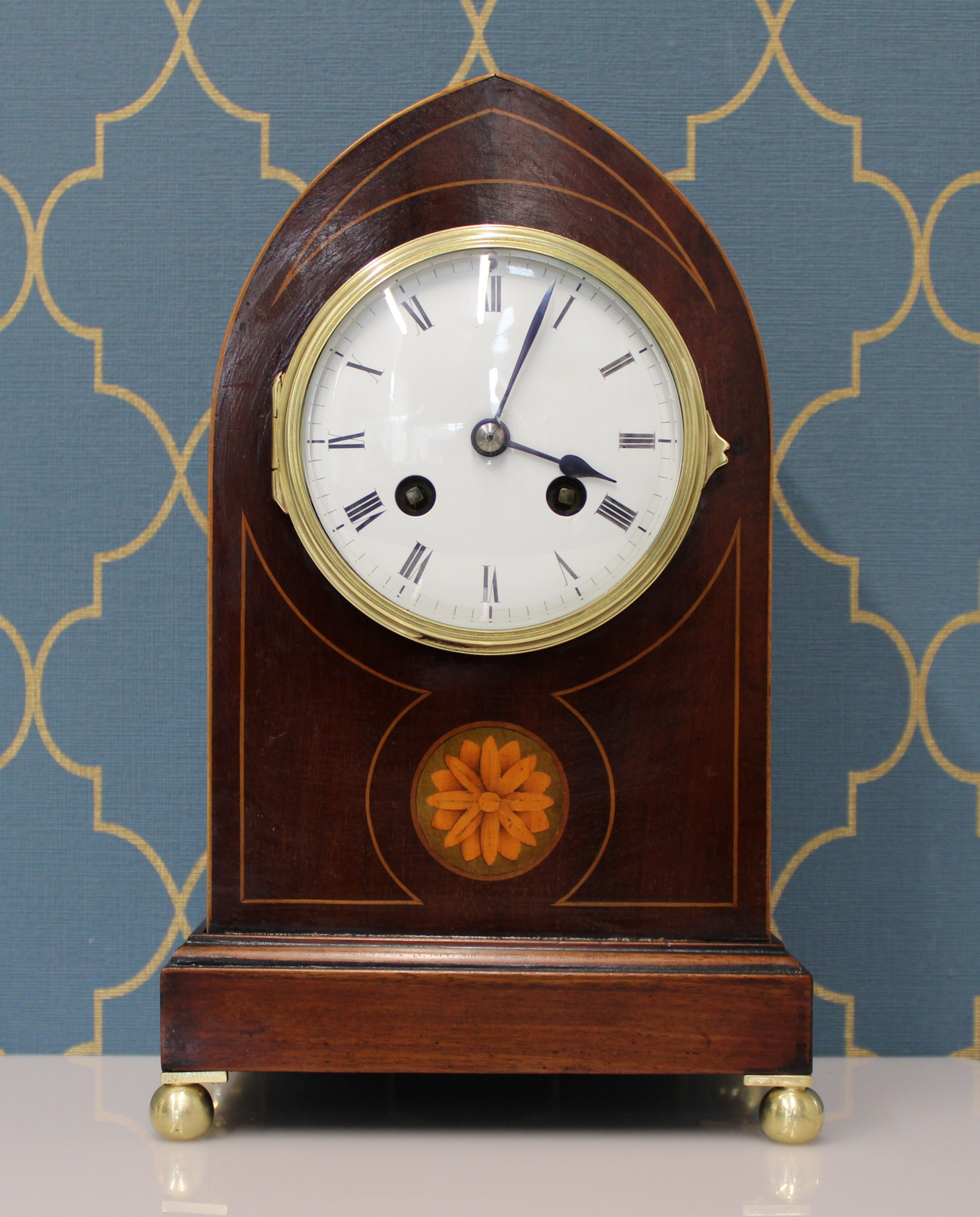 lancet top mantel clock