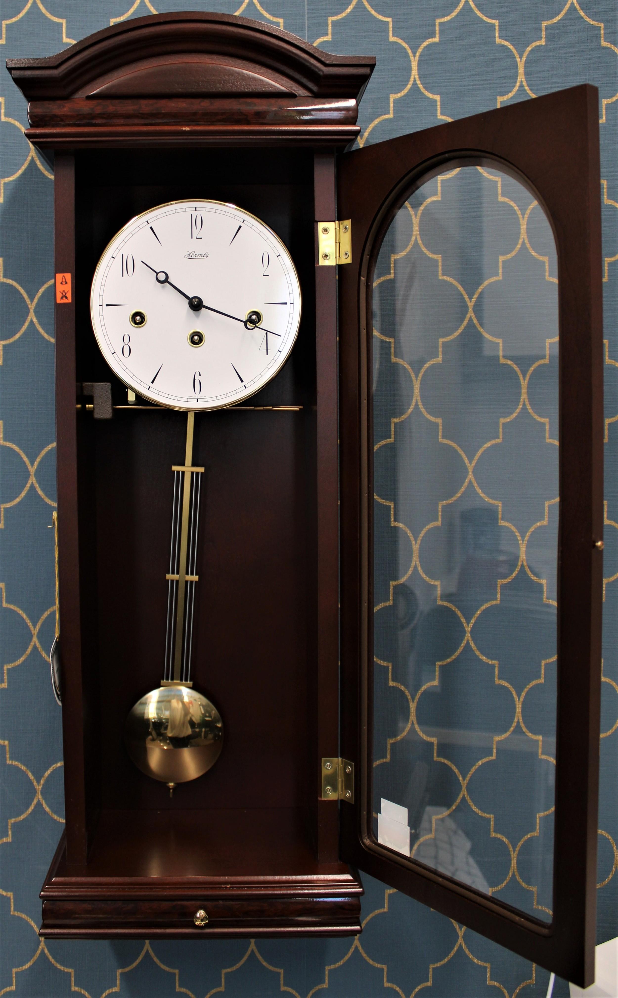 8 day hermle mahogany style wall clock