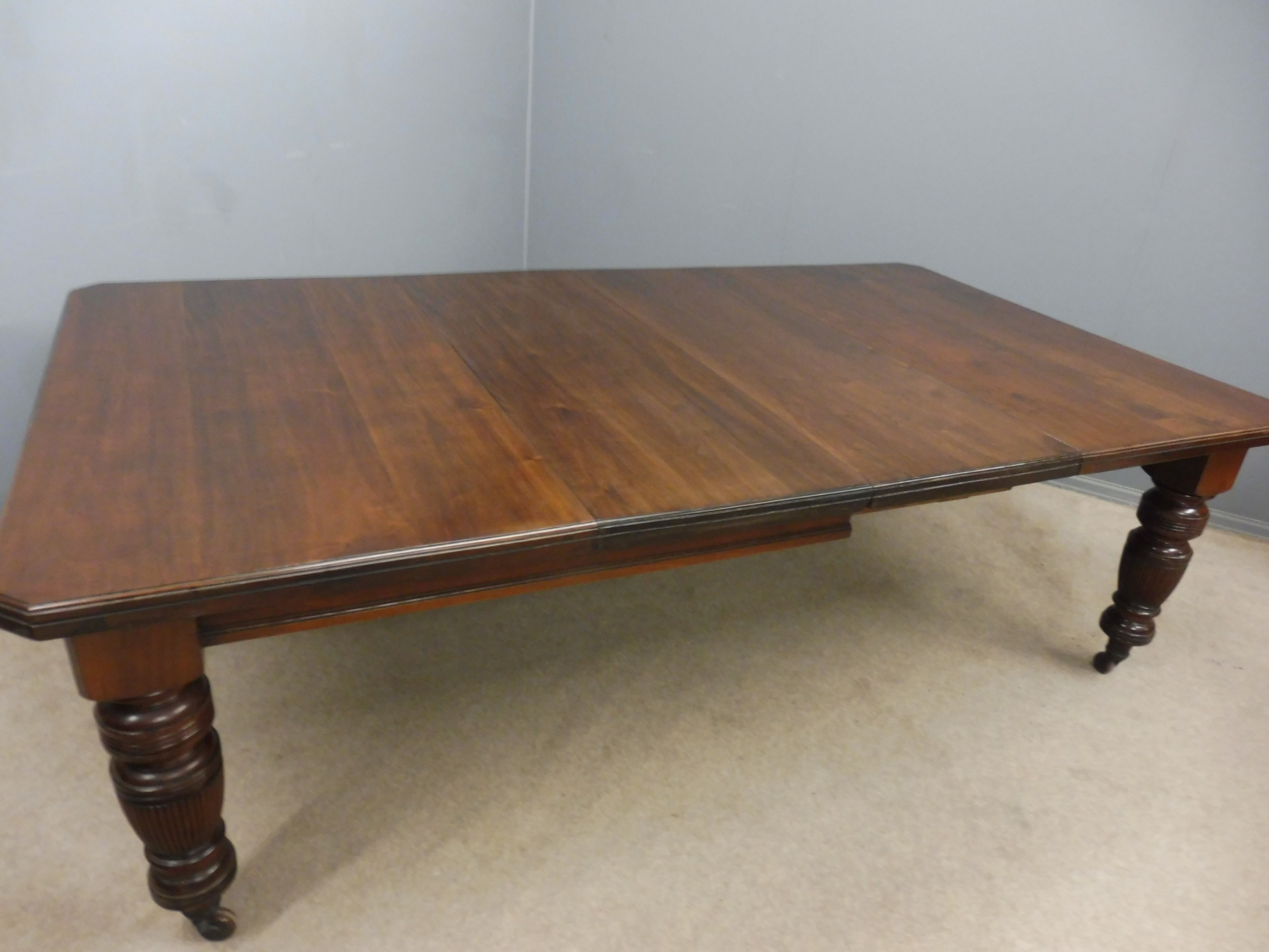 Victorian 2 Leaf Walnut Extending Dining Table Seats 10
