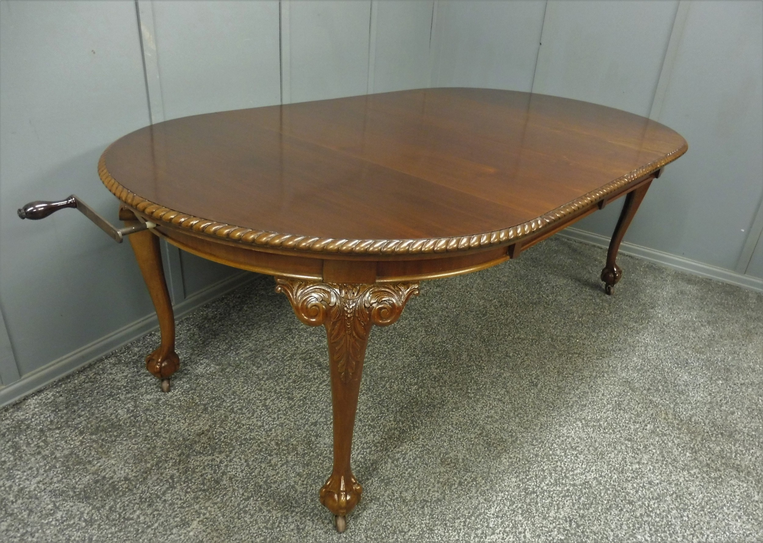 edwardian mahogany wind out dining table