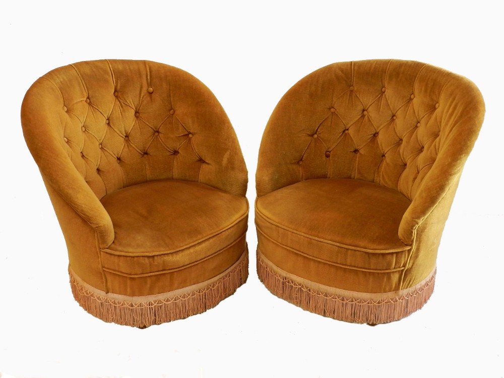 Pair Of Early Vintage French Button Back Tub Chairs ...