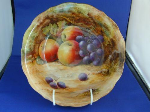 Royal Worcester Fruit Bowl Signed Lockyer | 221669 | Sellingantiques ...