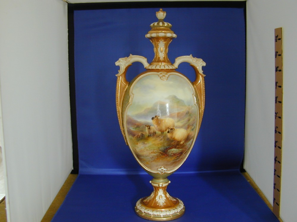 Royal Worcester Vase And Cover By Harry Davis 386593