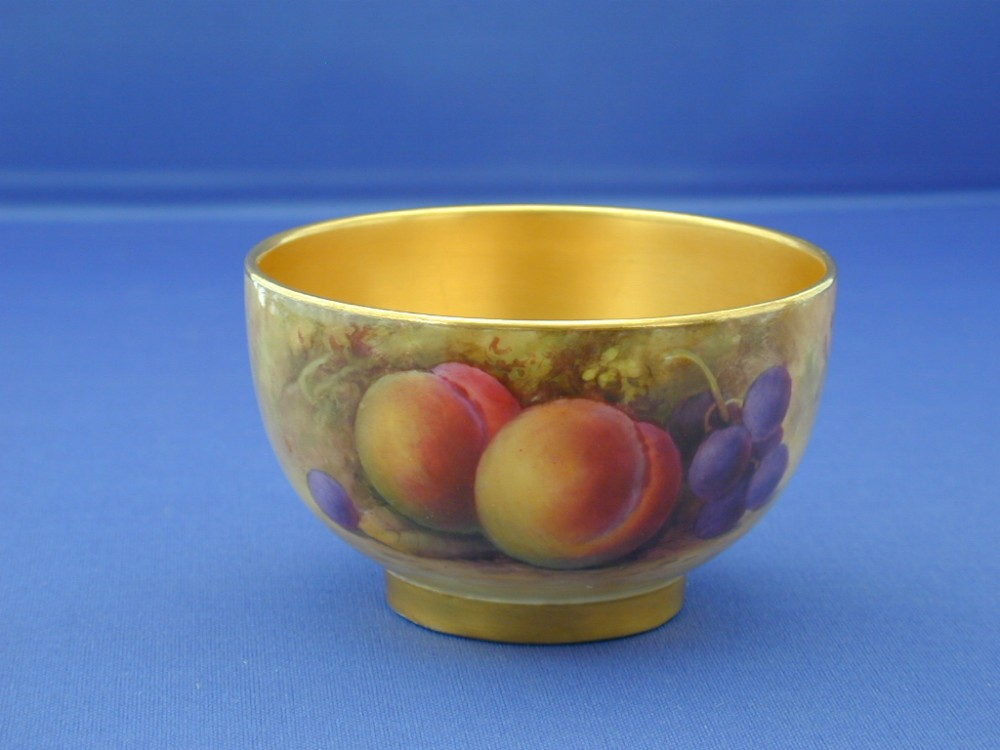 Royal Worcester Fruit Decorated Sugar Bowl By A Shuck | 402959 ...