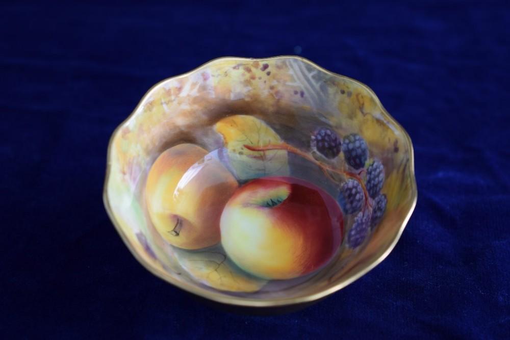 Royal Worcester Fruit Decorated Sugar Bowl Signed R Austin | 459954 ...