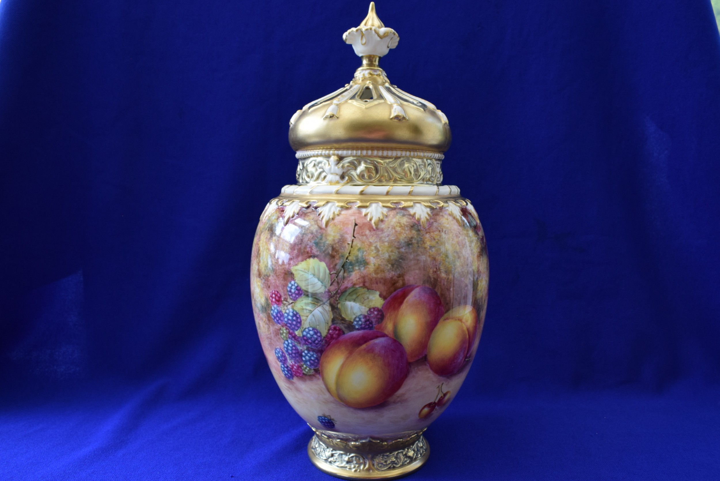 royal worcester large painted fruit crown top rose jar and covers