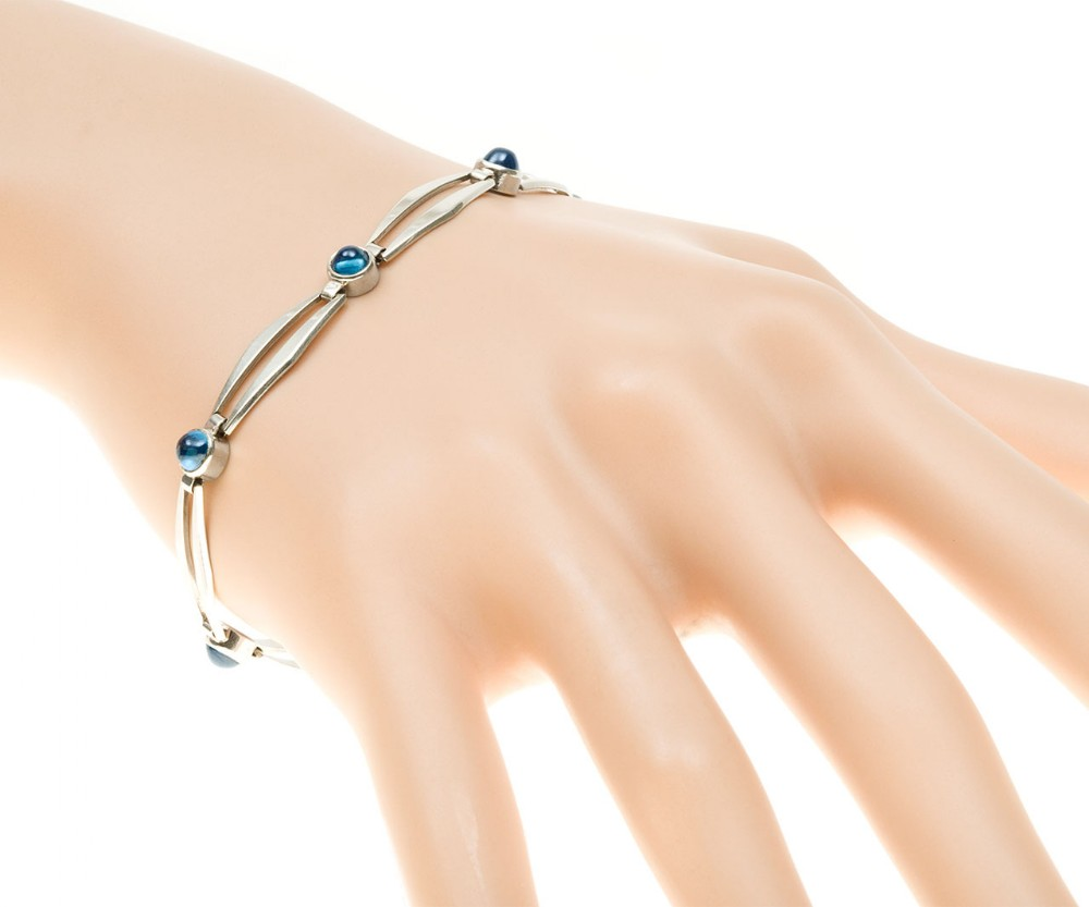 art deco cabachon sapphire bracelet