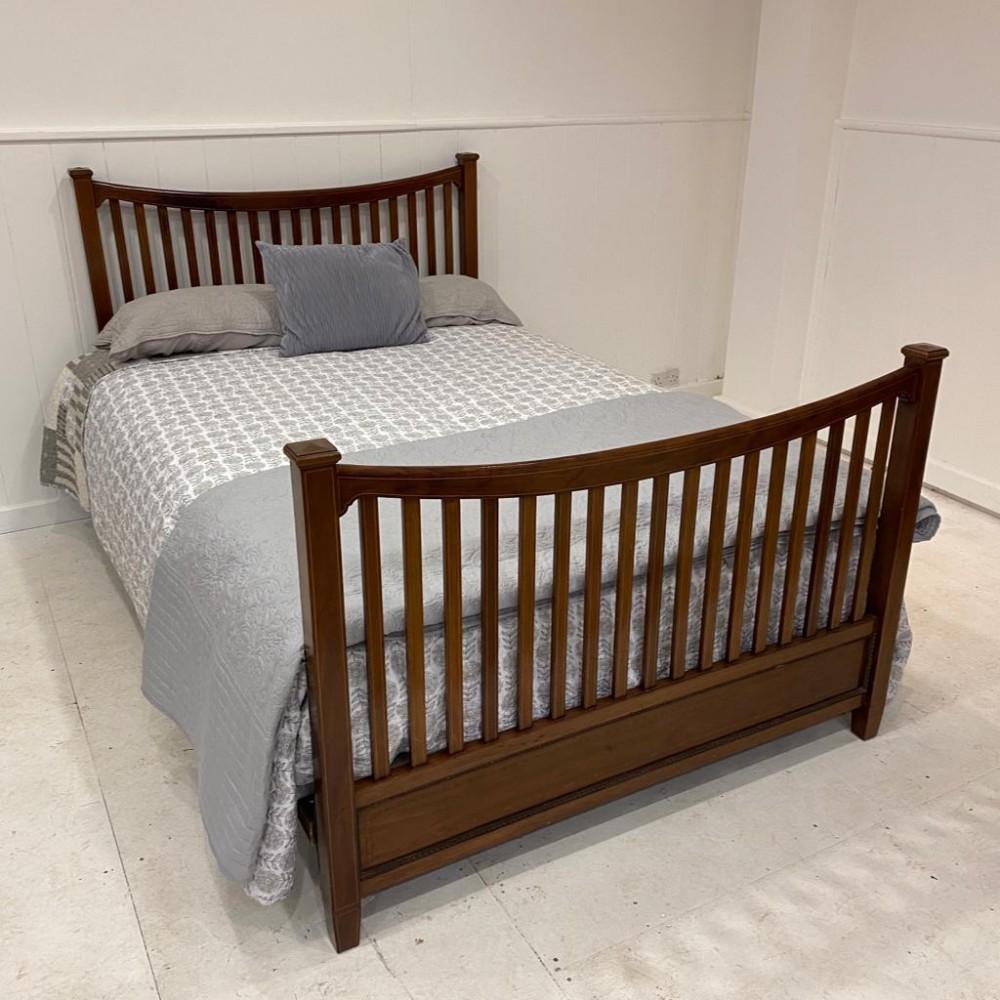 edwardian wooden mahogany bed