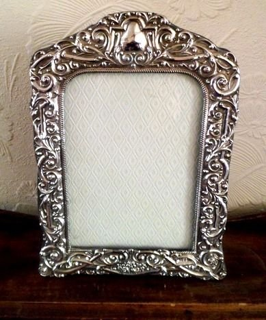 Metal photo frames uk