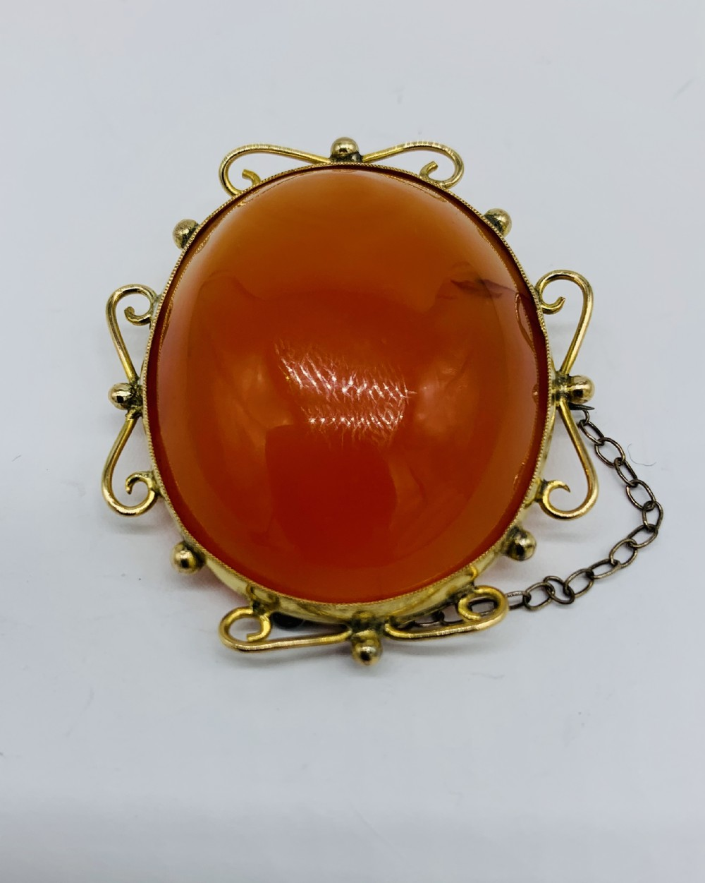 victorian 9ct gold and carnelian gem stone brooch c1890