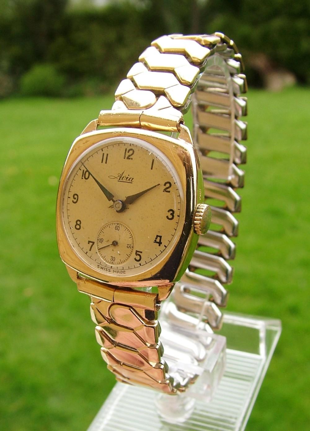 1940s 9 carat gold avia cushion cased wrist watch