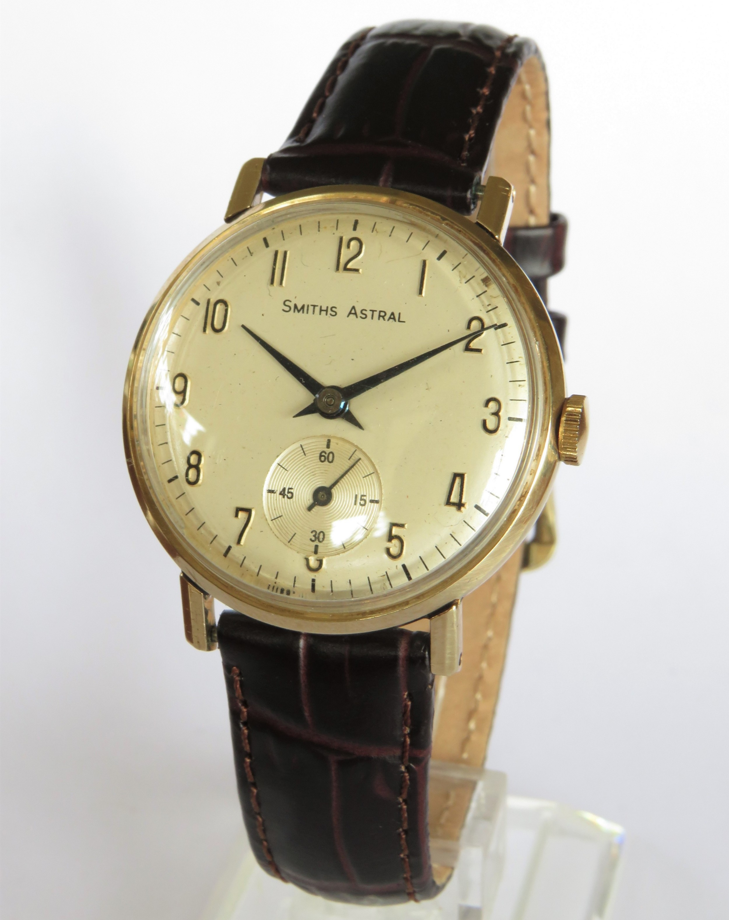 gents 1965 9ct gold smiths astral watch made in england