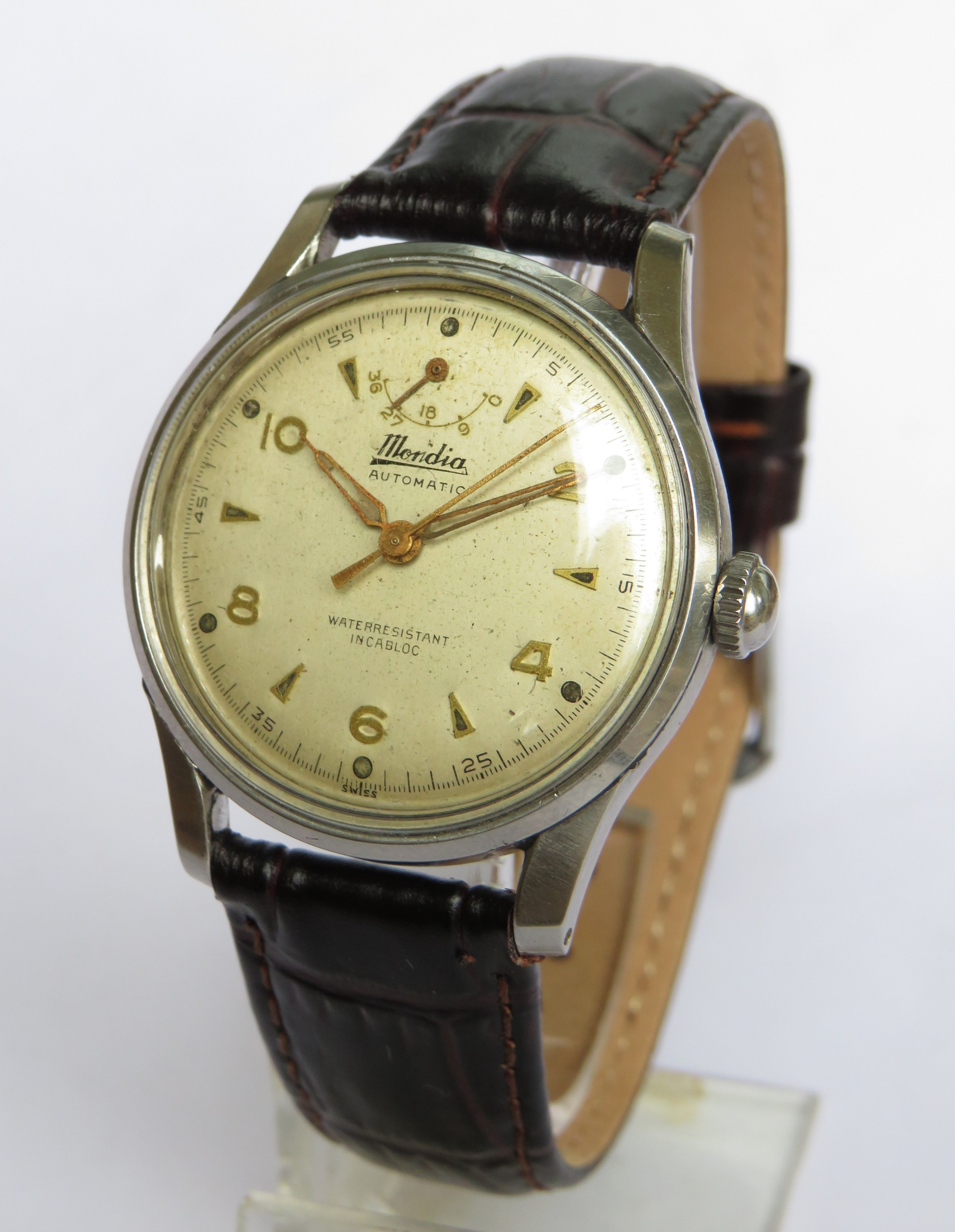 gents 1950s mondia wrist watch with power reserve indicator