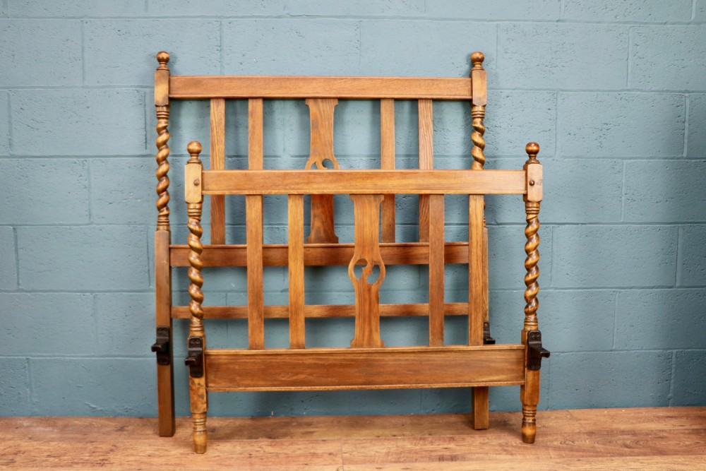 arts and crafts oak single bed