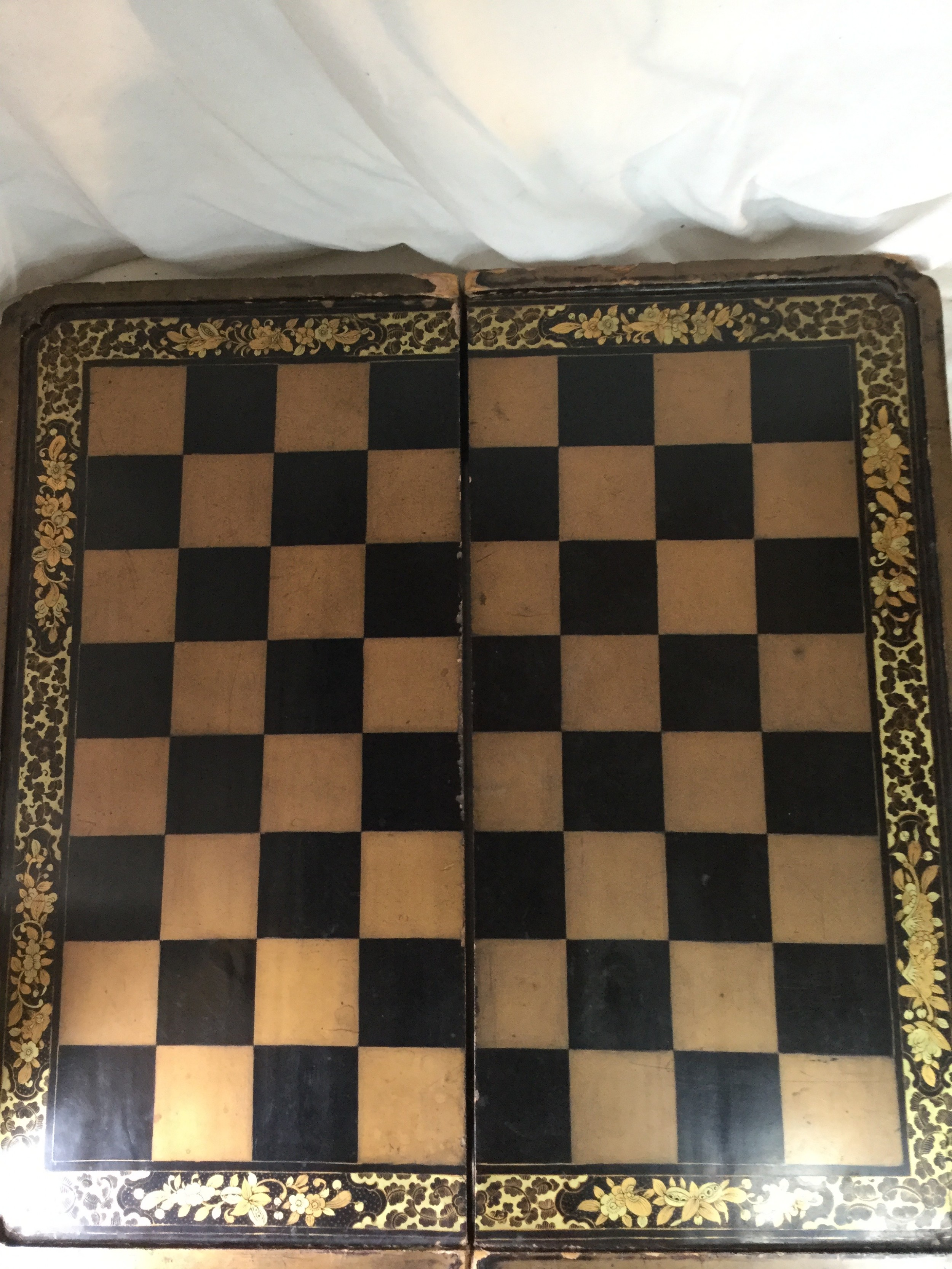 chinese 19th c lacquer chess board and backgammon box